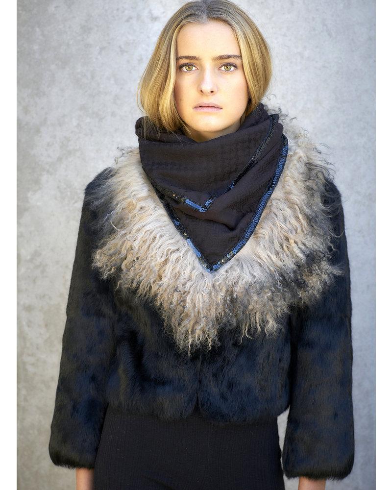 Izuskan Izuskan  original  scarf  with tibet