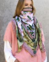 Izuskan Large scarf  LIMITED