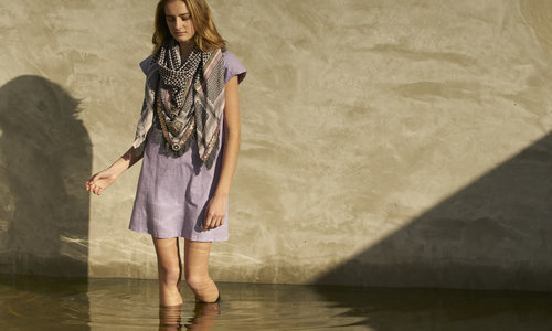 Large scarf