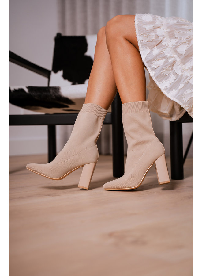 Lilly sock heels - khaki