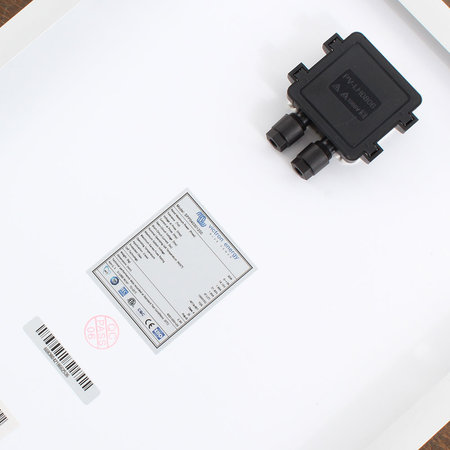 Victron BlueSolar 30Wp poly (655x350x25mm)