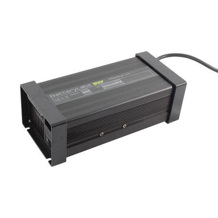 BatteryLabs MegaCharge Lithium-ion 12V 10A - XLR stekker