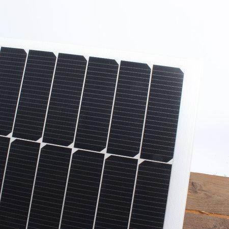Semi flexibel Lichtgewicht LE zonnepaneel 57Wp Flush (756x535x4mm)