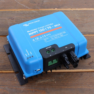 Victron BlueSolar MPPT 150/70 - MC4