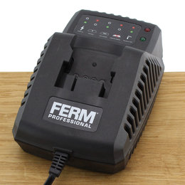 FERM CDA1080S Quick Charger 18V 45W
