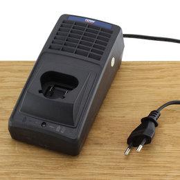 FERM CDA1079S Quick Charger 12.6V 2A