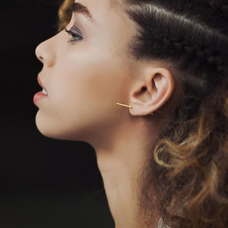 Dutch Basics Stick Earring  - Gold-Plated