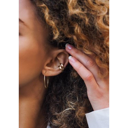 Dutch Basics Gold Plated Double Point Ear Cuff