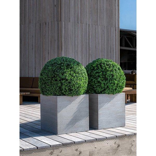 Concrete Block L