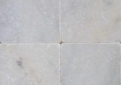 J&T Wit marmer tegels anticato 20x20x1