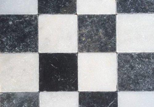 J&T Dambord vloer tegels wit marmer en Turks hardsteen anticato 10x10x1