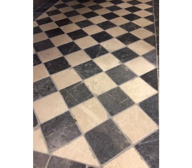 Dambord vloer tegels beige marmer en Turks hardsteen anticato 10x10x1