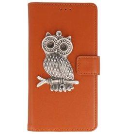MP Case Bruin Motorola Moto G6 Play bookcase uil zilver