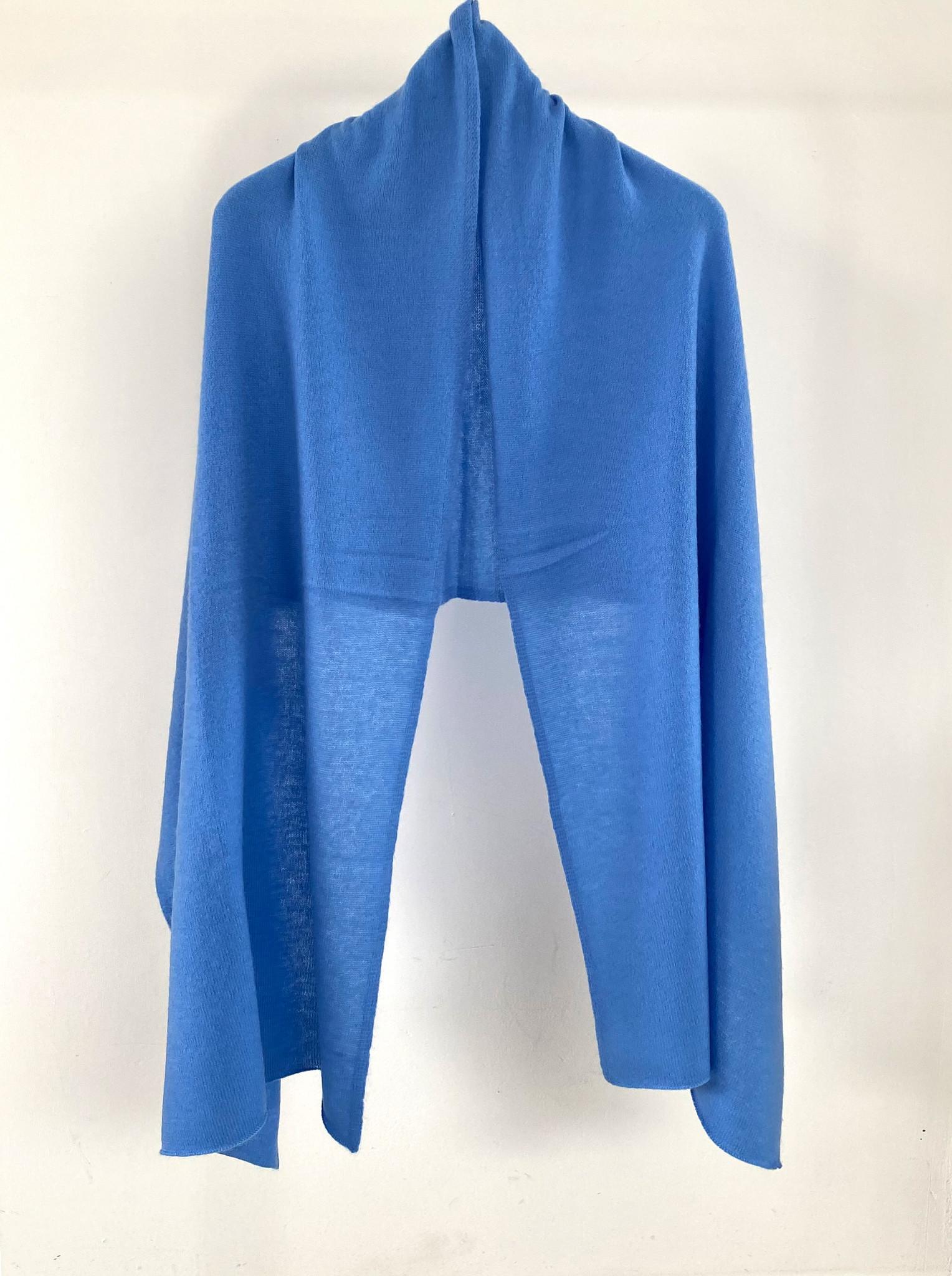 Cosy 100% Cashmere Azure Blue