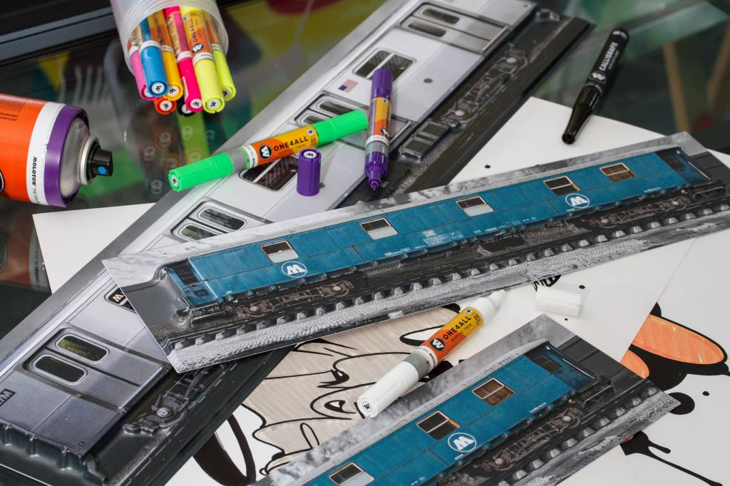 "Molotow Relief ""N.Y.C."" Train klein 45 x 11 cm"
