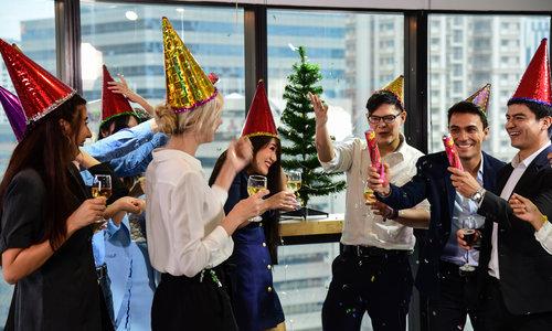 Hoe plan je het beste een zakelijk kerstfeest?