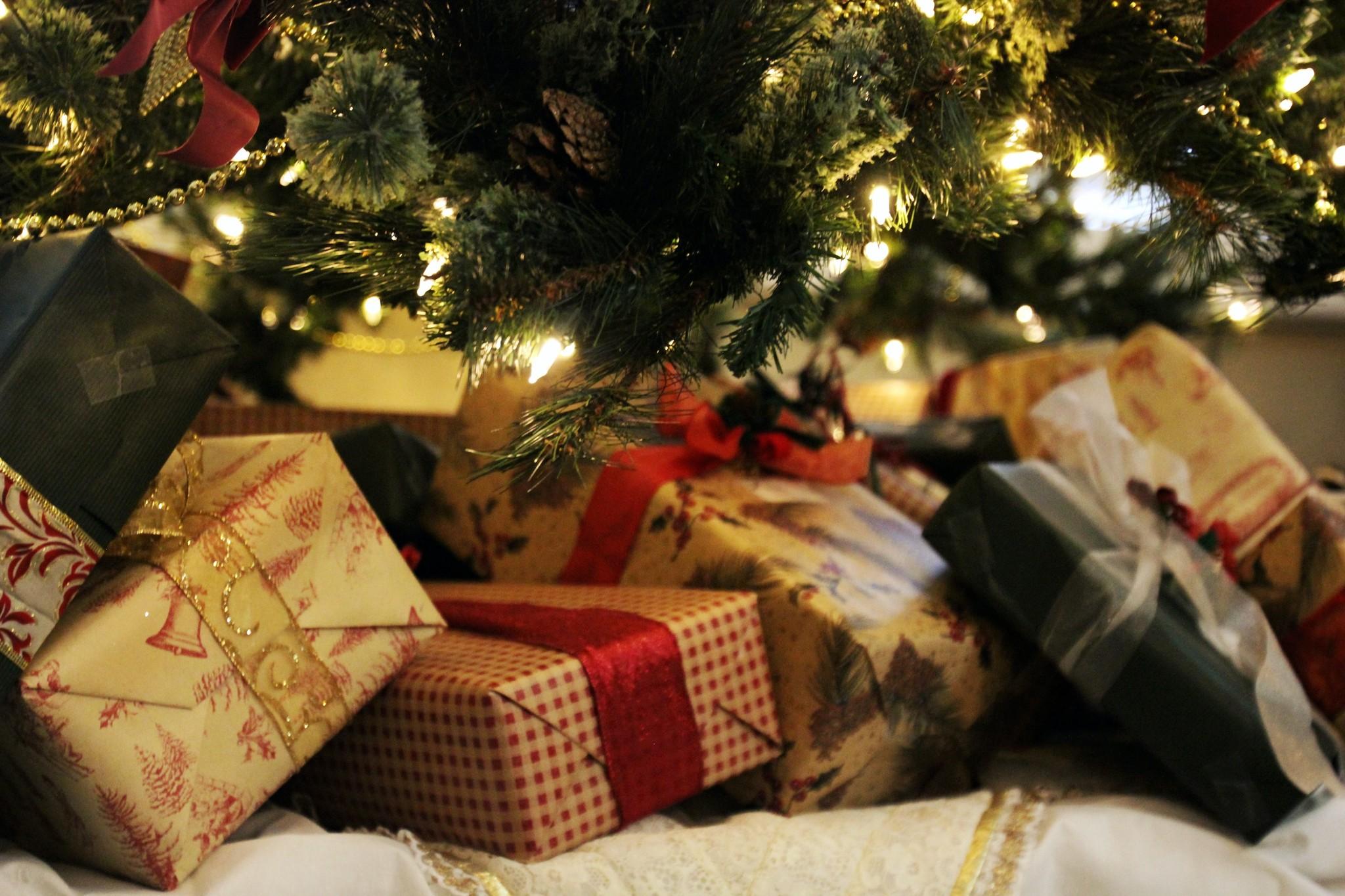 Leuke manieren om een kerstpakket Corona-proof te geven