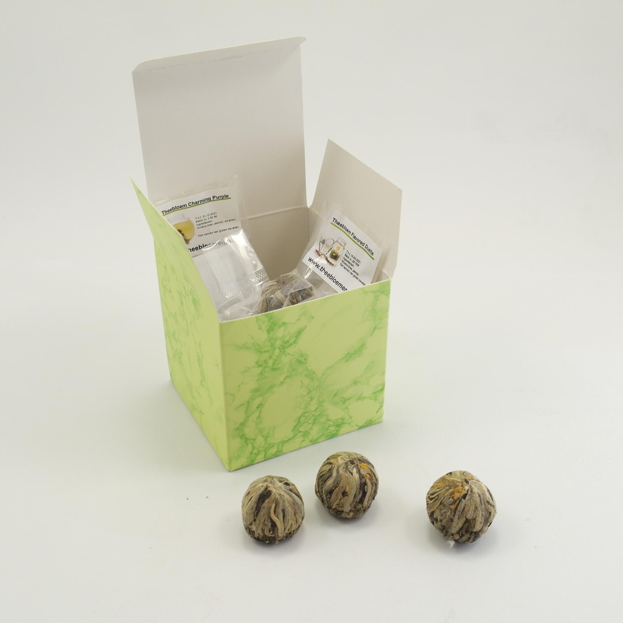 10 Theebloemen in luxe geschenkverpakking