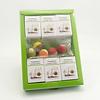 Theebloemen en chocolade in geschenkverpakking