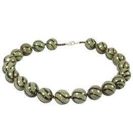 Kazuri Halsketten Ting Ting Pearl Green Black