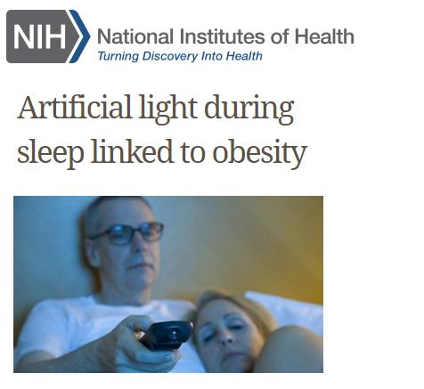Slapen met het licht aan vergroot de kans op overgewicht
