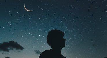 Is jouw brein extra gevoelig voor blauw licht in de avonduren?