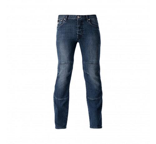 Blauer Jeans, Kevin