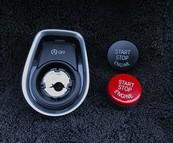 Monteer rode start/stop knop