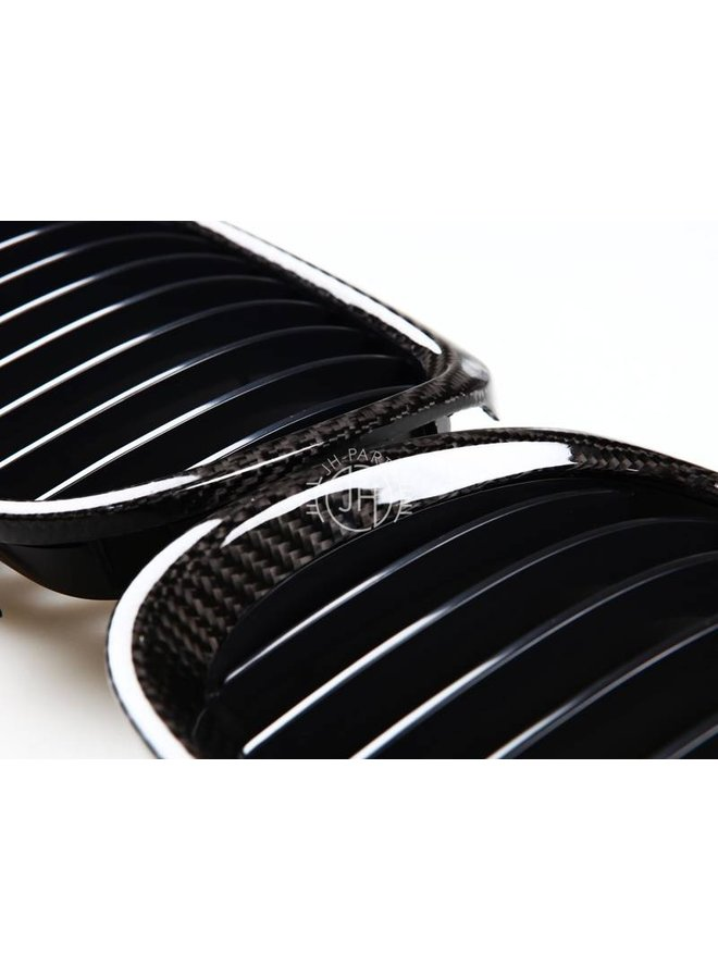 Carbon grill