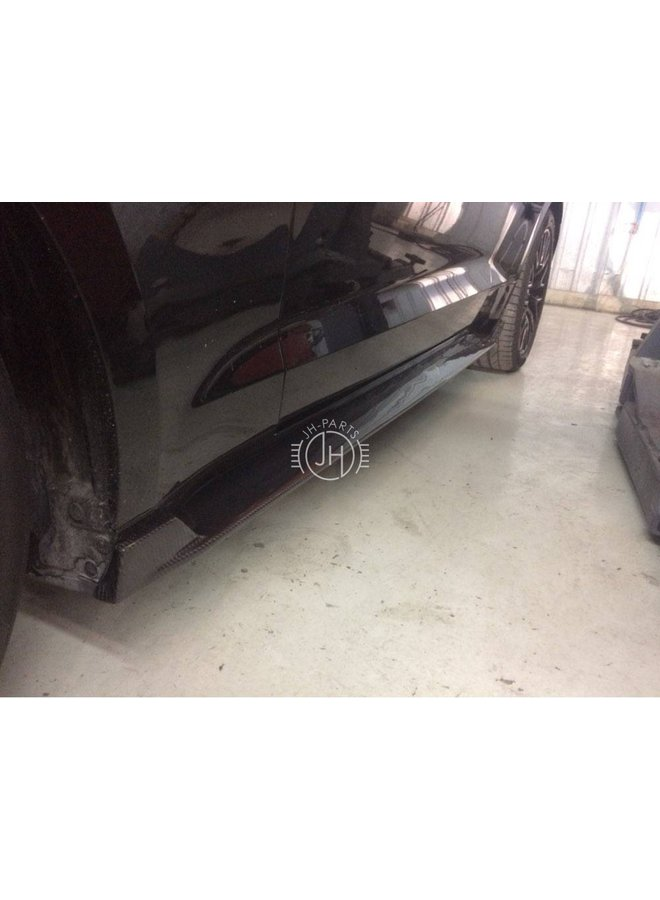 Carbon side skirt extensions Ford Mustang