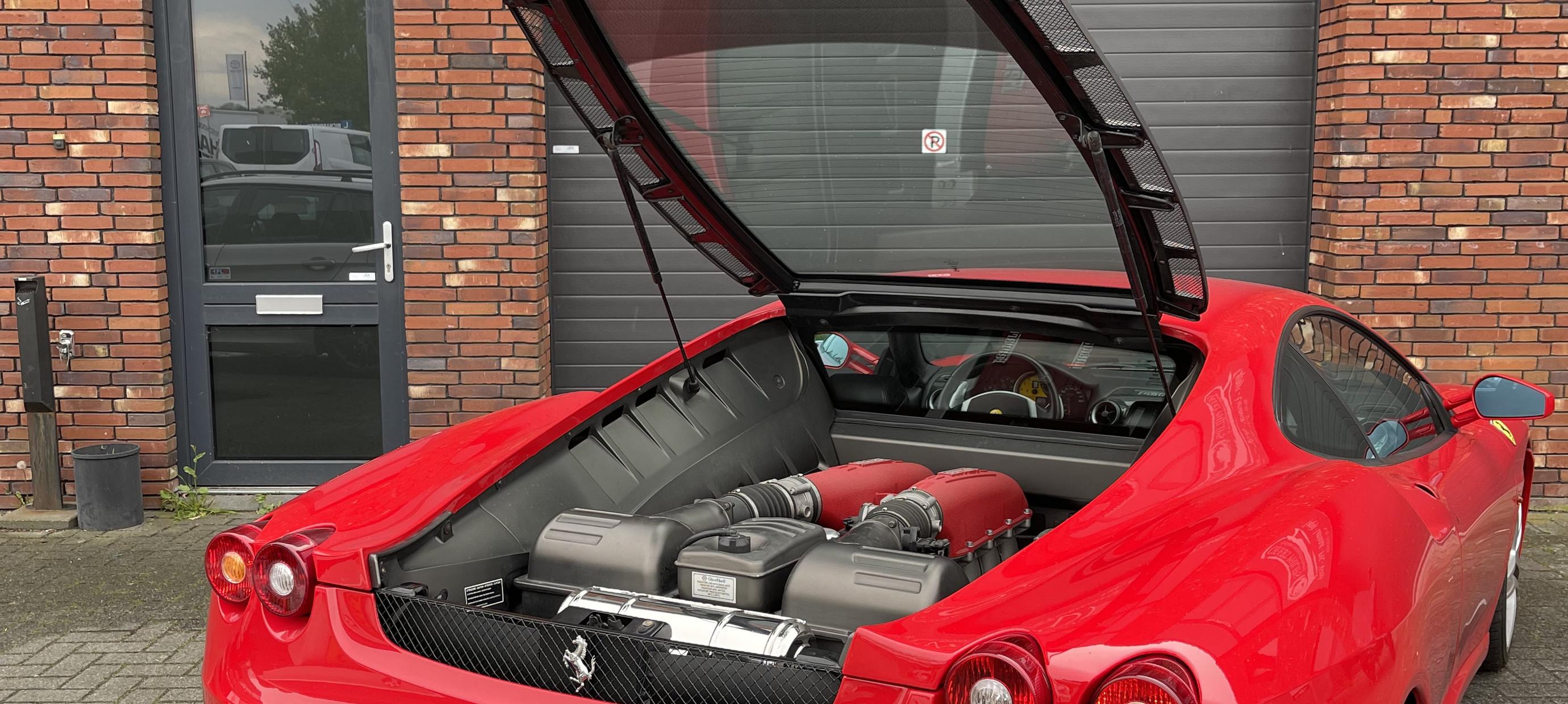Ferrari F430 equipped with Capristo exhaust