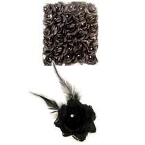 Zwarte roos met veren en strass steentje