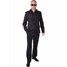 Zwart kostuum man blues