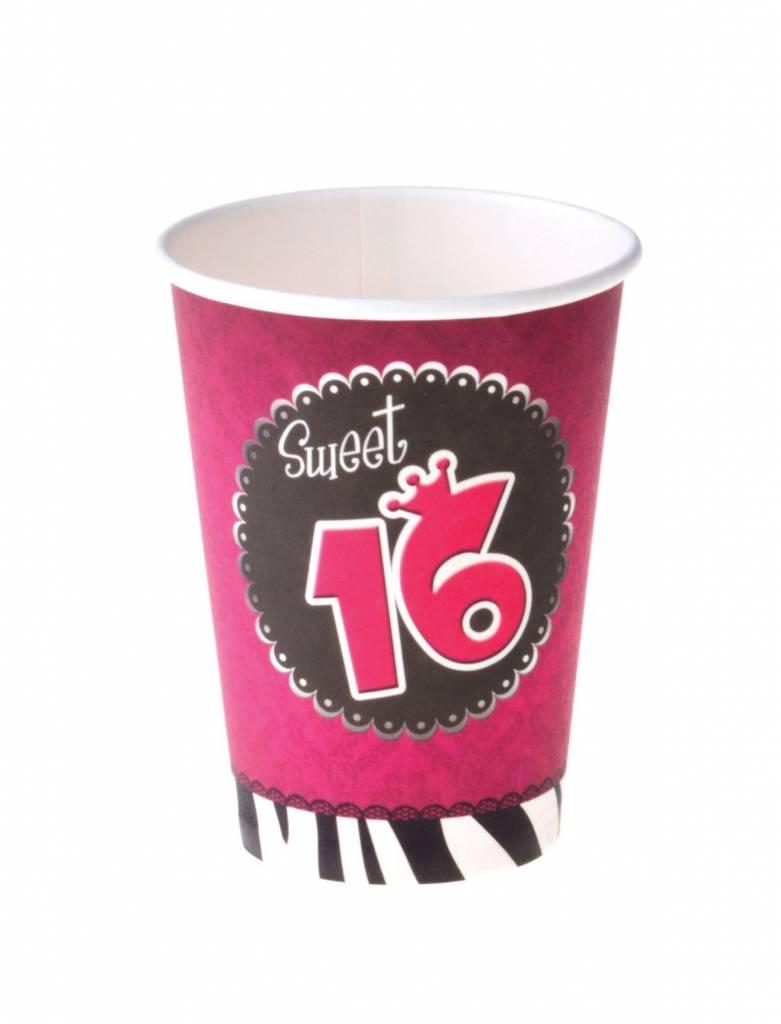 8 bekers Sweet 16