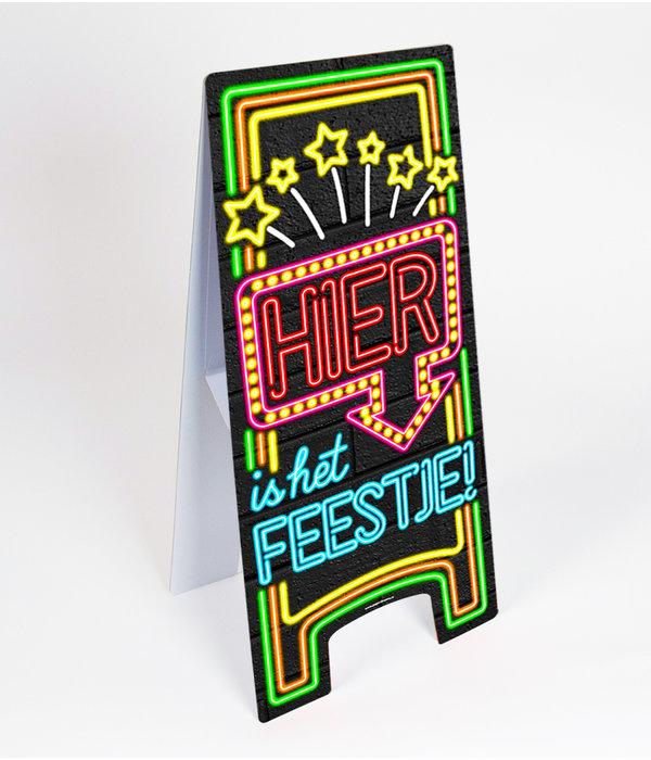 Neon Attentiebord 'Hier is het feestje'