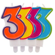 Kaars cijfer 3 in vrolijke kleuren