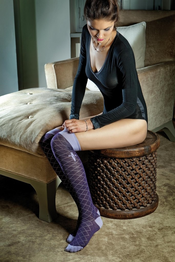 Cesare Paciotti dameskleding sweater zwart v-hals MML01