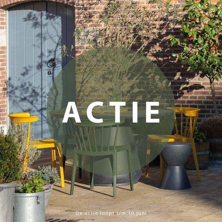 ACTIE! 4 stoelen + BBQ set