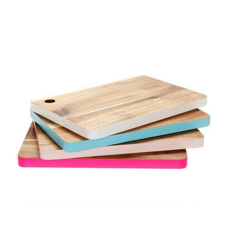 Houten snijplank met blauwe gekleurde rand