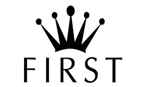 First (My First Collection): Exclusieve Babykleding & Accessoires