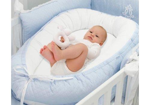 Blauw babynestje