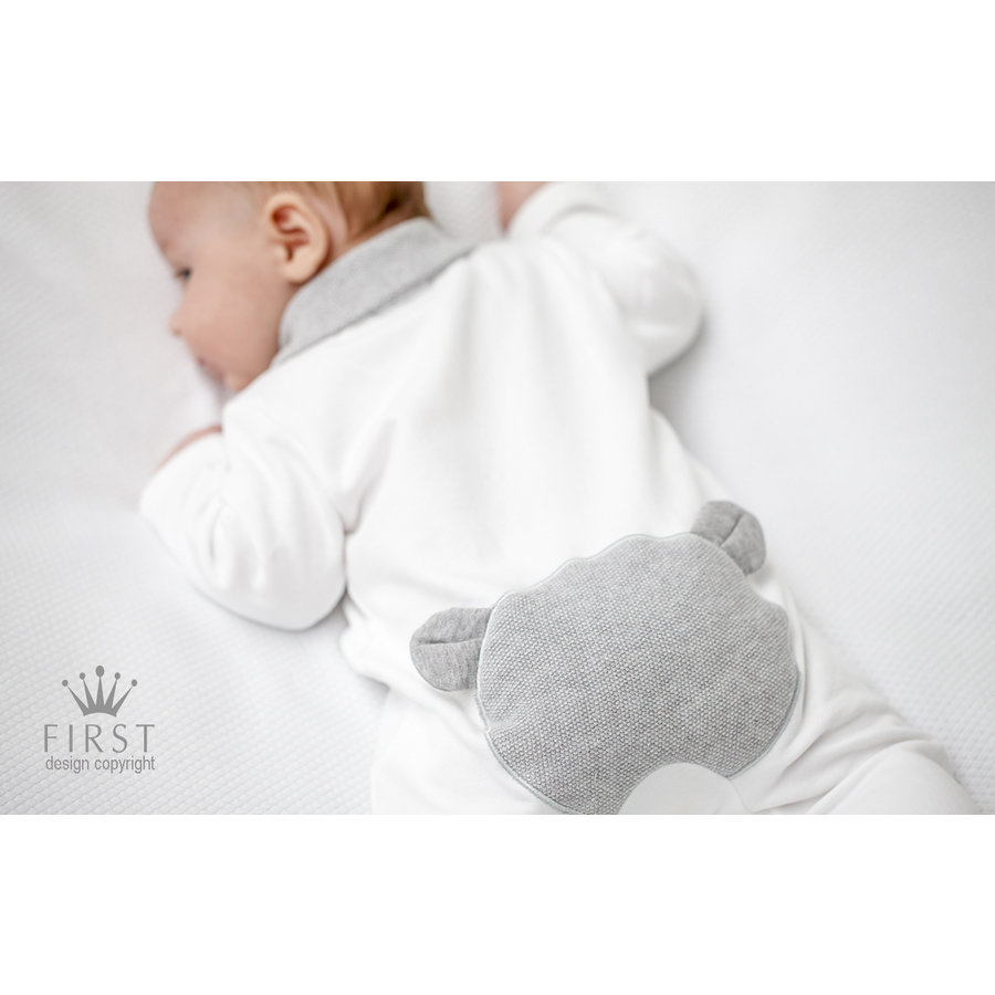 Wit pakje met grijze teddy - First (My First Collection)