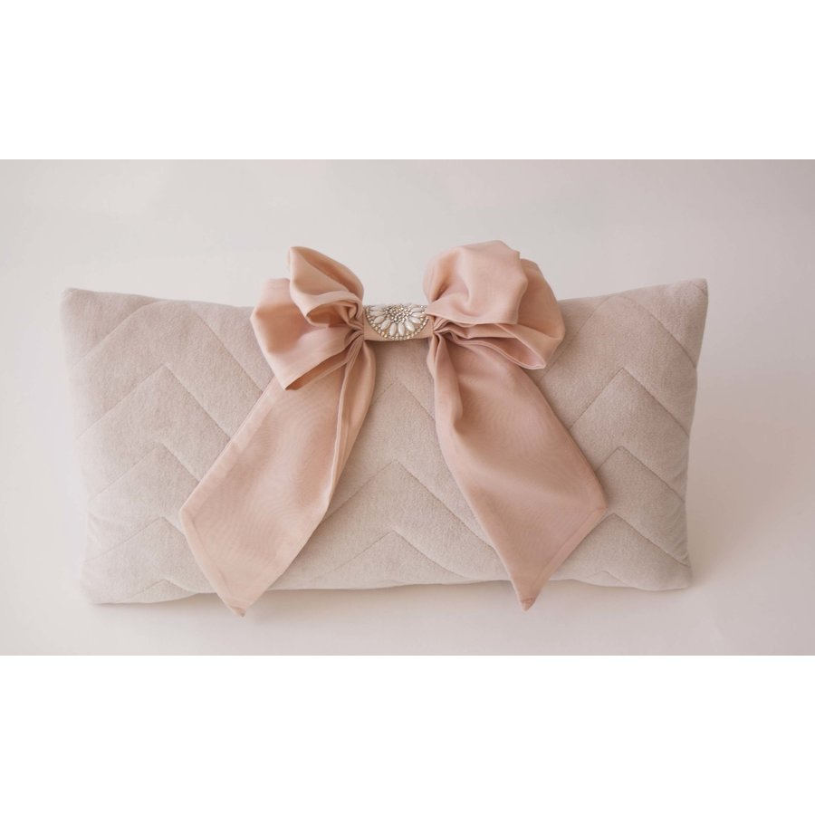 Sierkussen 40cm x 45cm Pink (Glamour Collection) - Royal Baby Collection