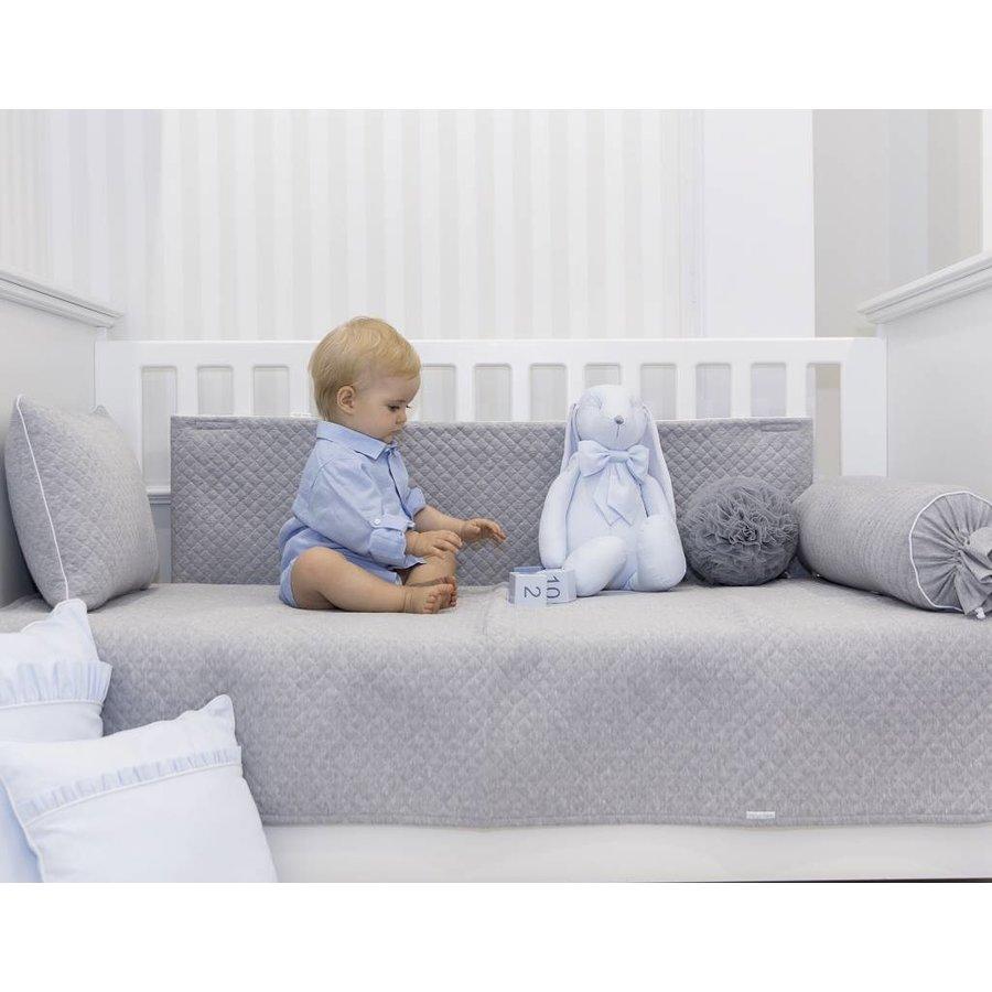 Grijs gewatteerd deken (140cm x 100cm)