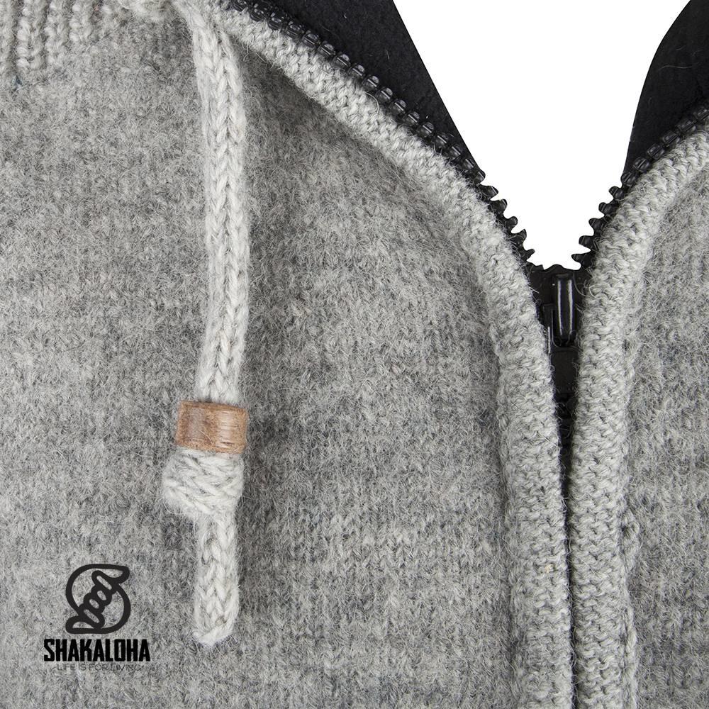 Shakaloha Cardigan en laine tricoté Shakaloha Finn Grey avec doublure en polaire et capuche amovible - Homme/Uni - Fabriqué à la main au Népal à partir de laine de mouton