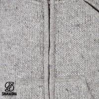 Shakaloha Shakaloha Gebreid Wollen Vest New Parsa Grijs met Fleece Voering en Hoge Kraag - Man/Uni - Handgemaakt in Nepal van Schapenwol