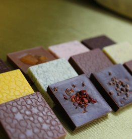 Moorish Collection flat chocolate