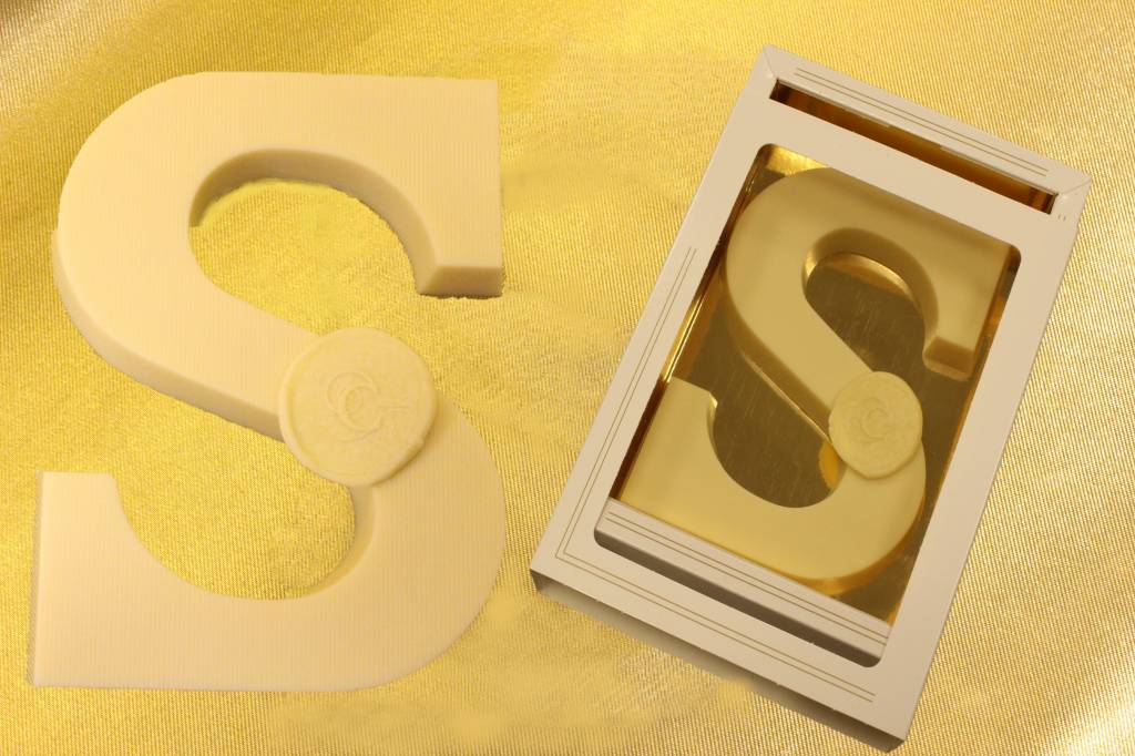 Chocolate Letter white