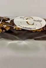 Date treat blackand walnuts
