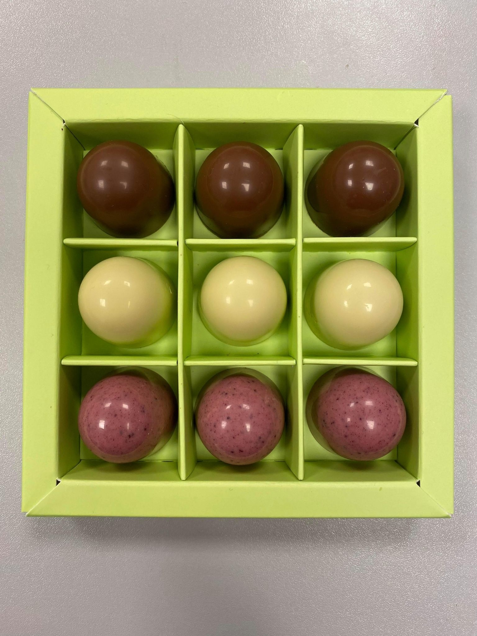 Easter box with Beetroot 9 pieces